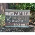 "Family That Hunts Box Sign 6"" x 8"" x 1.5"""